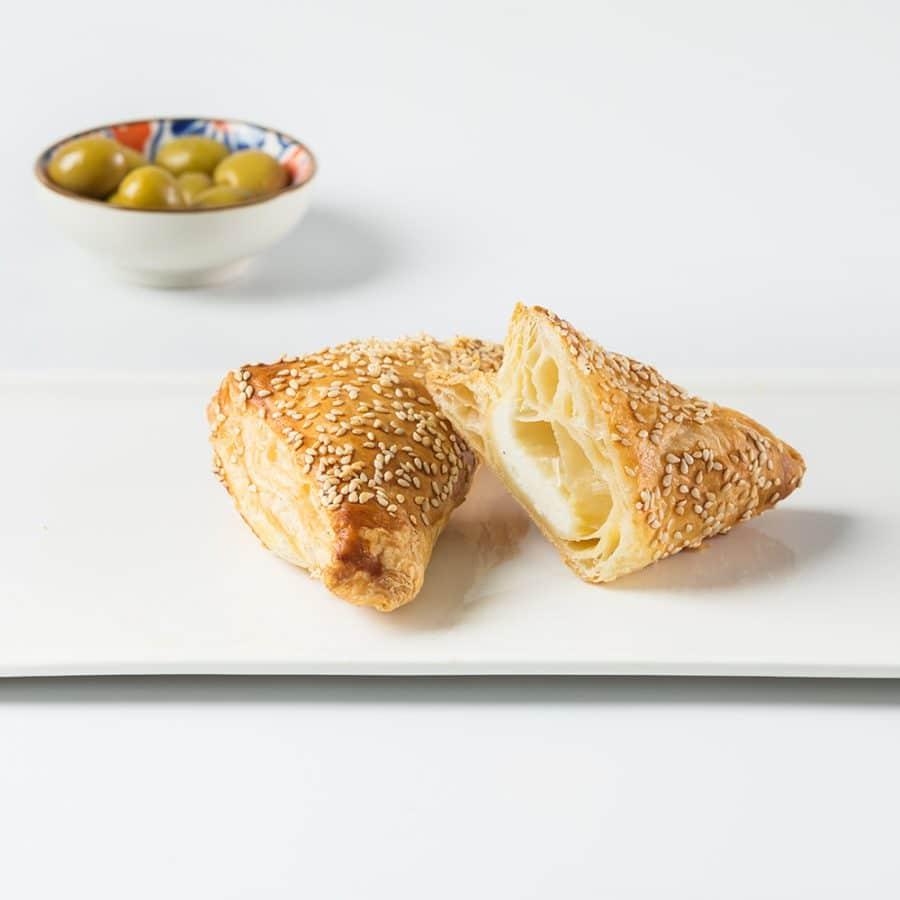 חלבי-C בורקס גבינה